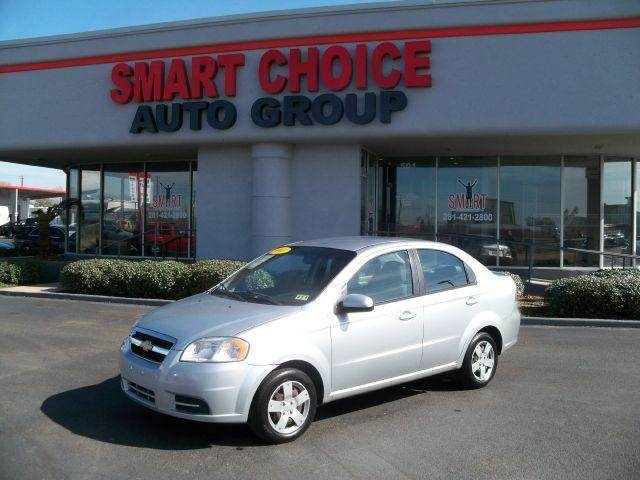 2011 CHEVROLET AVEO silver in house financing available for the pucbic with 1000 down please se
