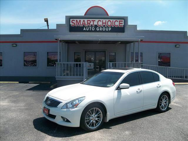 2013 INFINITI G37 SEDAN white abs brakesair conditioningalloy wheelsamfm radioautomatic head