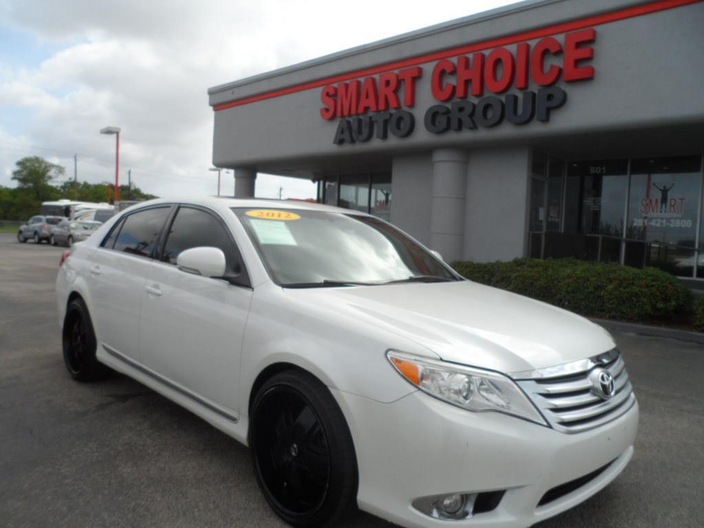 2012 TOYOTA AVALON BASE 4DR SEDAN blizzard pearl exhaust - dual tipdoor handle color - body-colo