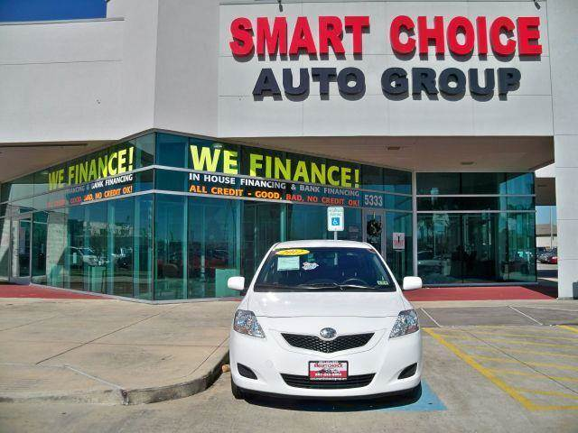 2012 TOYOTA YARIS 4DR SEDAN AUTOMATIC white options 4-speed at 15l 4 cylinder engine front w
