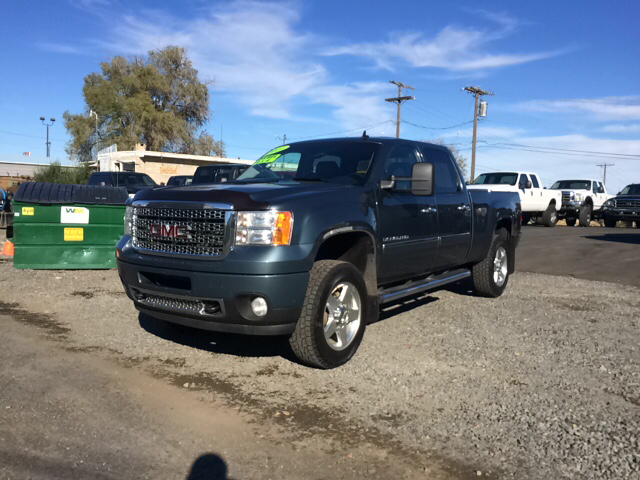 2011 GMC SIERRA 2500HD DENALI 4X4 4DR CREW CAB SB blue abs - 4-wheel adjustable pedals - power a