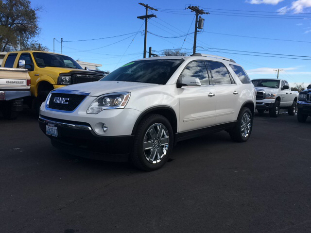 2010 GMC ACADIA SLT-2 AWD 4DR SUV white 2-stage unlocking - remote abs - 4-wheel alternator - 17