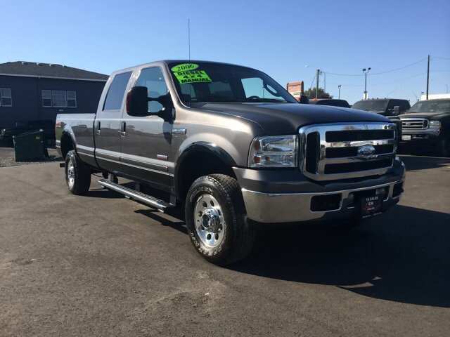2006 FORD F-350 SUPER DUTY LARIAT 4DR CREW CAB 4WD LB charcoal 4wd type - part time abs - 4-wheel
