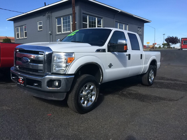 2011 FORD F-350 SUPER DUTY XLT 4X4 4DR CREW CAB 68 FT SB white 2-stage unlocking 4wd type - par