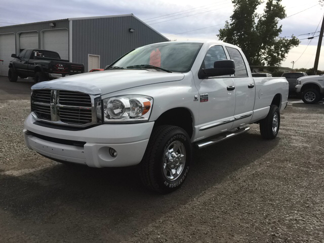2008 DODGE RAM PICKUP 3500 LARAMIE 4DR QUAD CAB 4WD SB white 2-stage unlocking - remote 4wd type