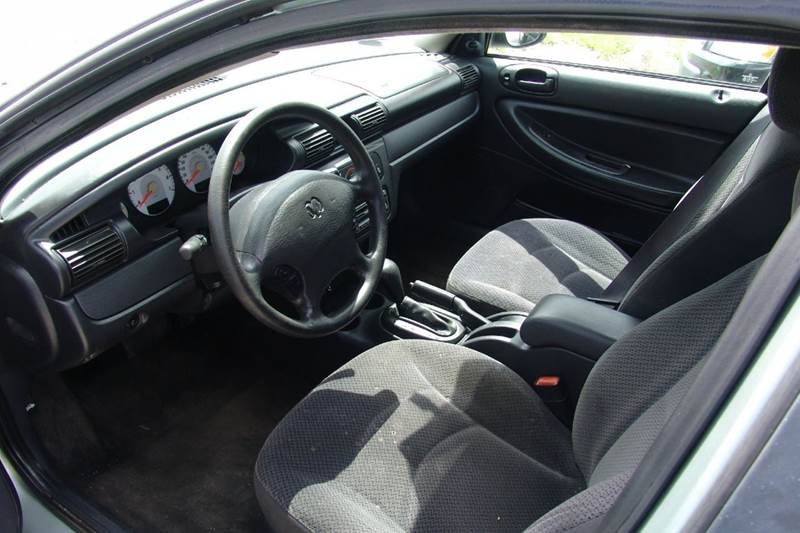 2004 Dodge Stratus SE 4dr Sedan - Sedalia MO