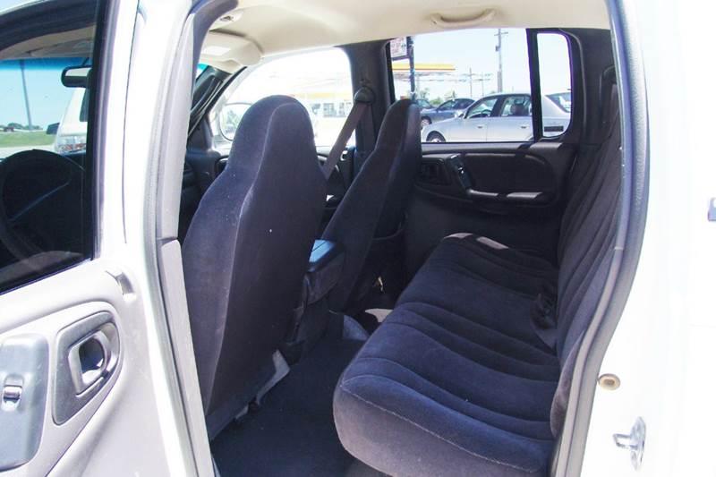 2000 Dodge Dakota 4dr SLT Plus 4WD Crew Cab SB - Sedalia MO