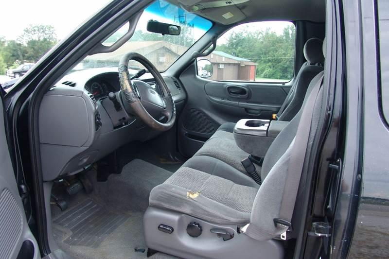 2001 Ford F-150 4dr SuperCab XLT 4WD Styleside SB - Sedalia MO