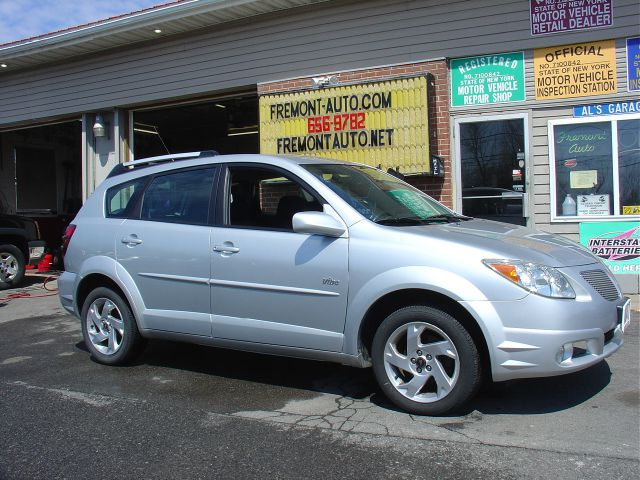 used 2005 pontiac vibe awd in east syracuse ny at fremont auto sales. Black Bedroom Furniture Sets. Home Design Ideas