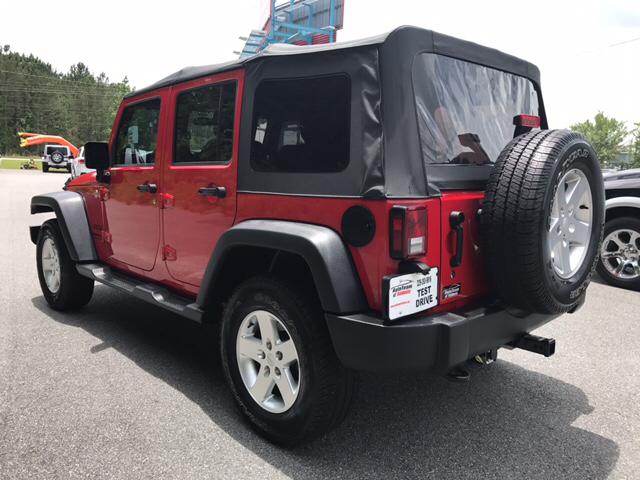 2013 Jeep Wrangler Unlimited Freedom Edition 4x4 4dr SUV - Valdosta GA