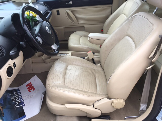 2000 Volkswagen New Beetle GLX 1.8T 2dr Turbo Hatchback - Ainsworth NE