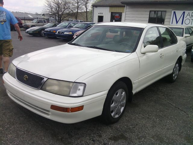Used 1997 toyota avalon for sale for Marcy motors llc columbia mo