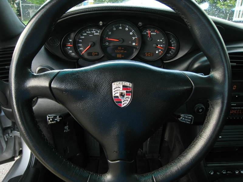 2003 Porsche 911 Carrera Targa 2dr Coupe - Chantilly VA