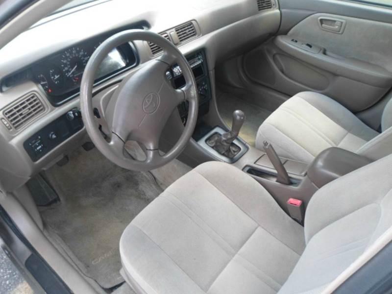 1999 Toyota Camry CE 4dr Sedan - Rochester MN