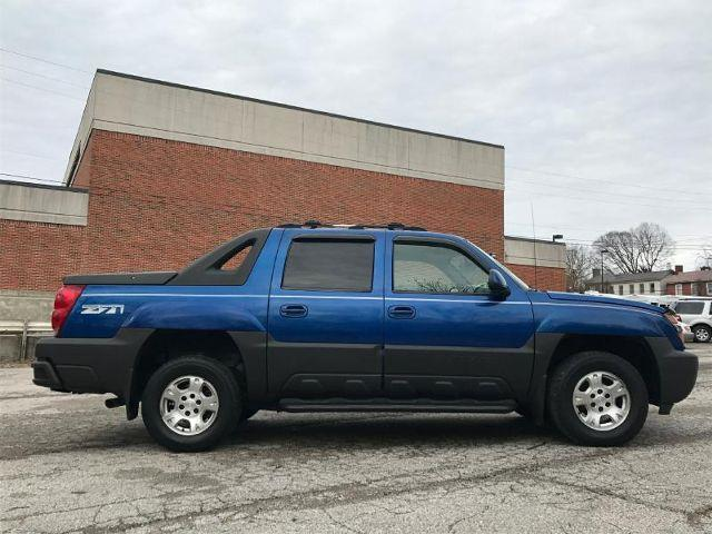 2004 Chevrolet Avalanche 4dr 1500 4WD Crew Cab SB - Lexington KY
