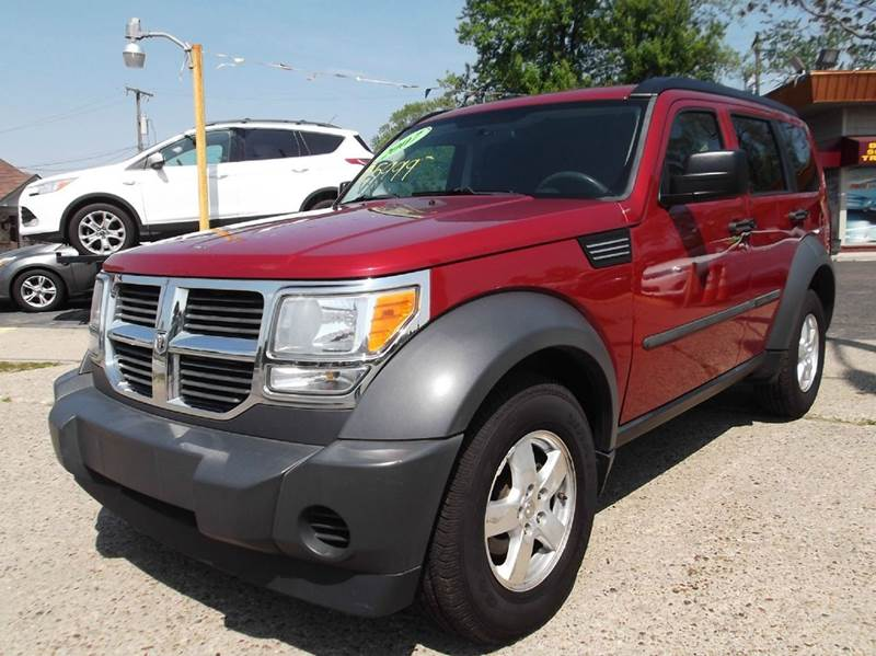 2007 DODGE NITRO SXT 4WD 4DR SUV red runs drives and looks great clean in and out great tires