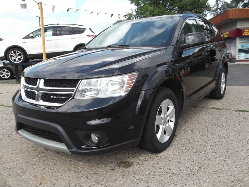 2011 DODGE JOURNEY MAINSTREET 4DR SUV black runs drives and looks good  clean in and out push