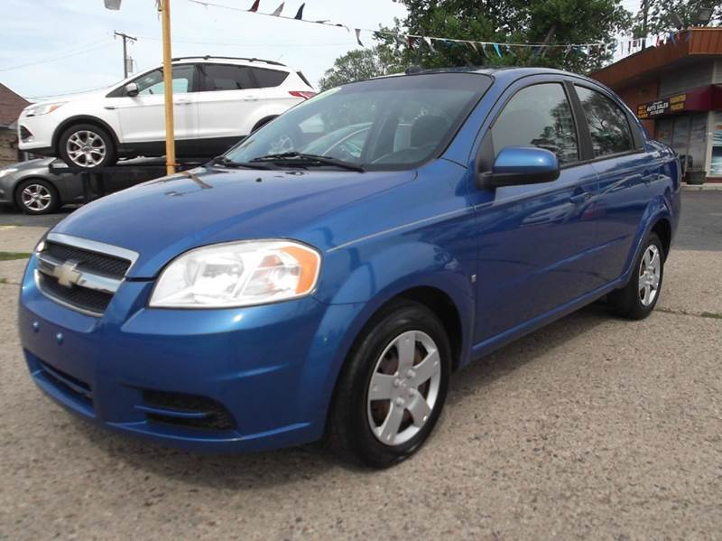 2009 CHEVROLET AVEO LT 4DR SEDAN blue runs drives and looks good clean  in and out ac great