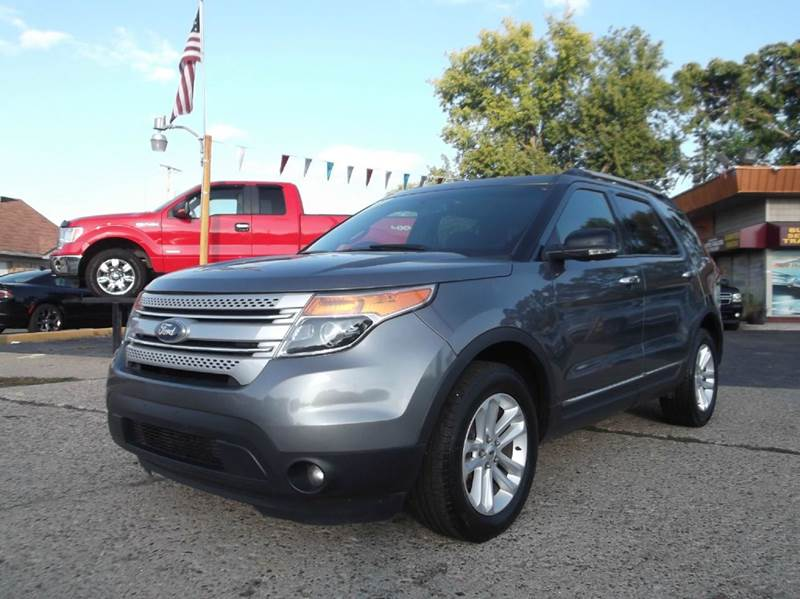 2012 FORD EXPLORER XLT AWD 4DR SUV gray runs drives and looks great  clean in and out all pow