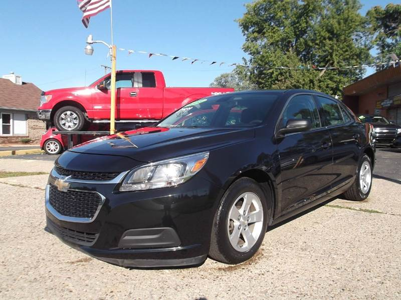 2014 CHEVROLET MALIBU LS 4DR SEDAN black runs drives and looks great   clean in  and out all