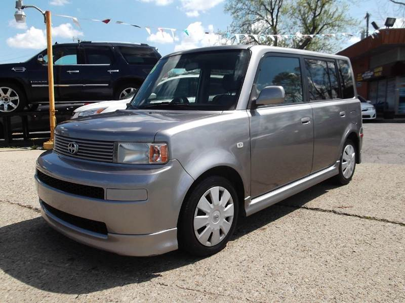 2006 SCION XB BASE 4DR WAGON WAUTOMATIC gray runs drives and looks great   clean in and out