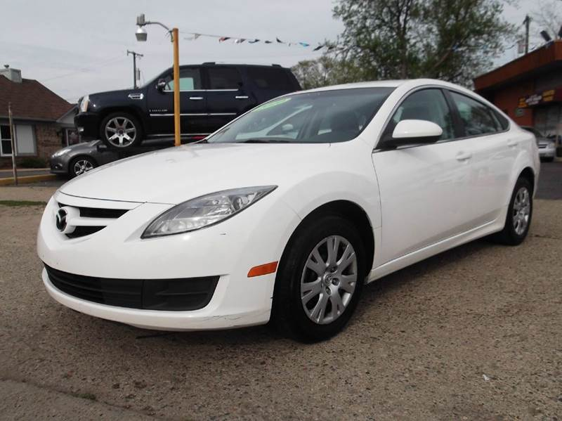 2010 MAZDA MAZDA6 I SPORT 4DR SEDAN 5A unspecified runs drives and looks great  clean in and