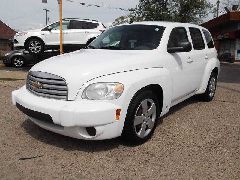 2009 CHEVROLET HHR LS 4DR WAGON white runs drives and looks very good  clean in and out grea