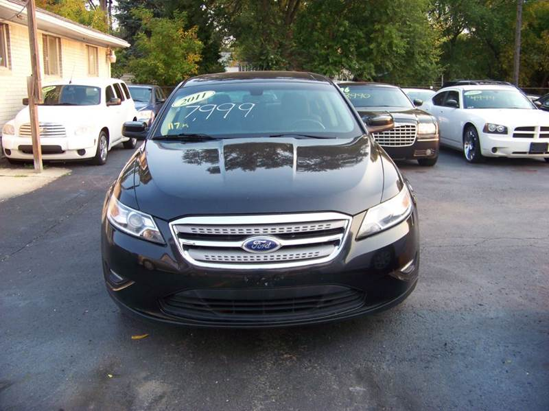 2011 FORD TAURUS SEL 4DR SEDAN black runs and drives great looks very good this vehicle wont la