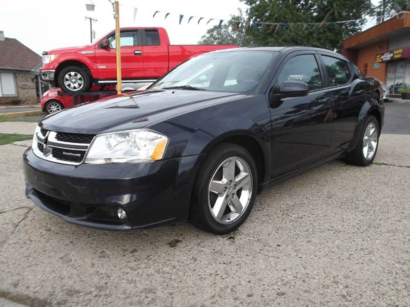 2011 DODGE AVENGER LUX 4DR SEDAN blue runs drives and looks good  very clean  leather  premi