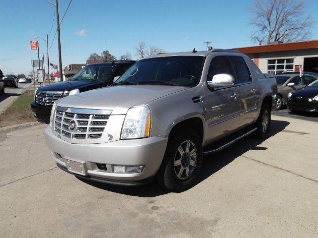 2007 CADILLAC ESCALADE EXT BASE AWD 4DR CREW CAB SB tan lamarina auto sales is proud to offer for