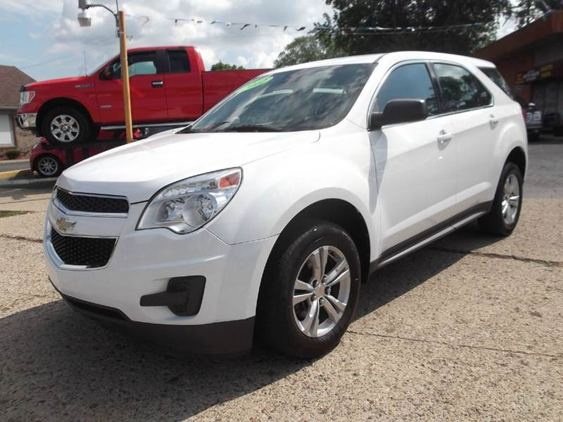 2012 CHEVROLET EQUINOX LS 4DR SUV white runs drives and looks great  clean in and out all po