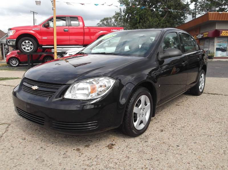 2008 CHEVROLET COBALT LS 4DR SEDAN black runs drives and looks great  clean in and out great