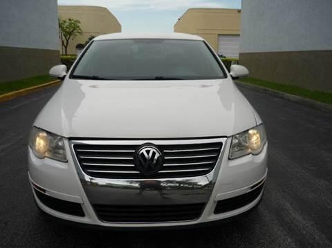 2007 Volkswagen Passat for sale in Hollywood, FL