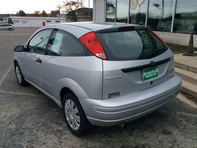 2006 ford focus zx3 se 2dr hatchback in dayton oh afford. Black Bedroom Furniture Sets. Home Design Ideas