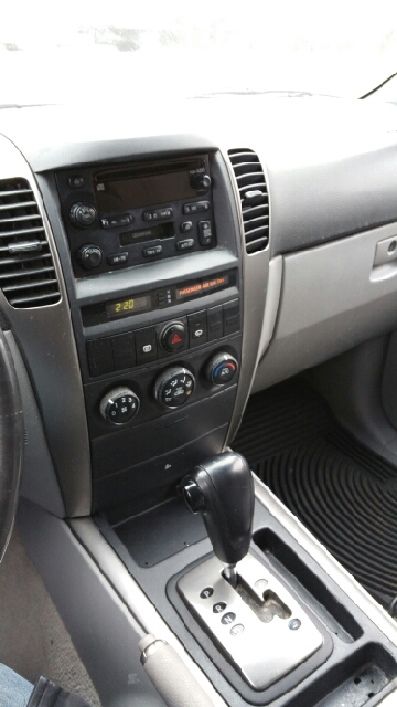 2005 Kia Sorento EX 4WD 4dr SUV - Hyattsville MD