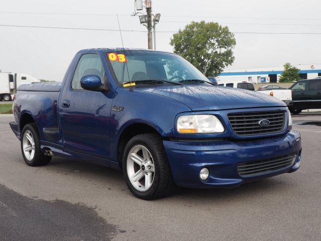 2003 ford f 150 svt lightning 2dr regular cab rwd flareside sb in