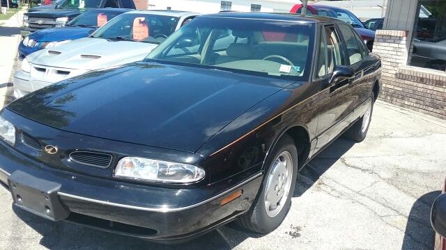 1999 Oldsmobile Eighty-Eight 50th Anniversary 4dr Sedan - Tecumseh MI