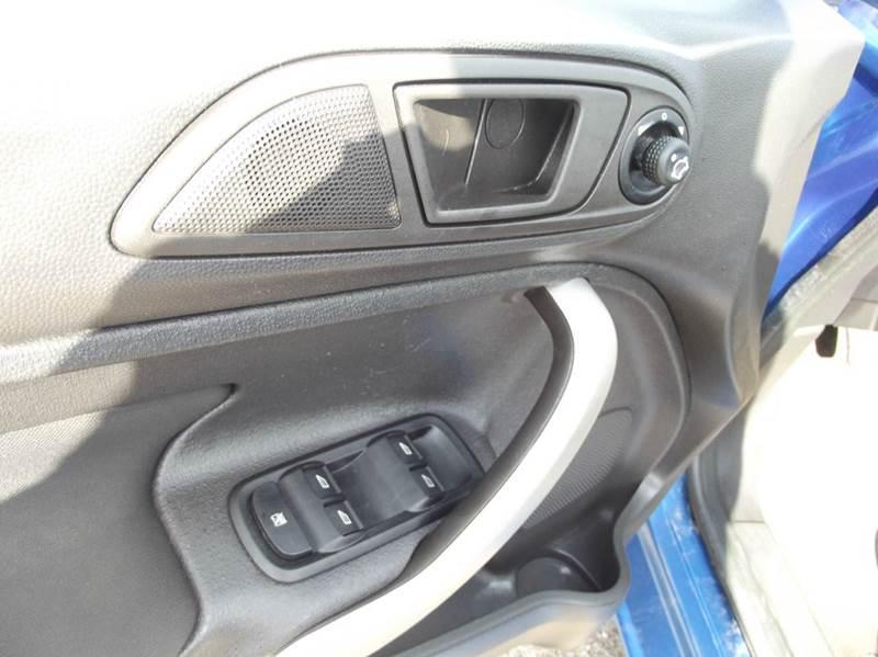 2011 Ford Fiesta SE 4dr Hatchback - Cleveland TX