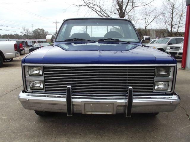 1984 Chevrolet C/K 10 Series 2dr C10 Silverado Standard Cab LB - Cleveland TX
