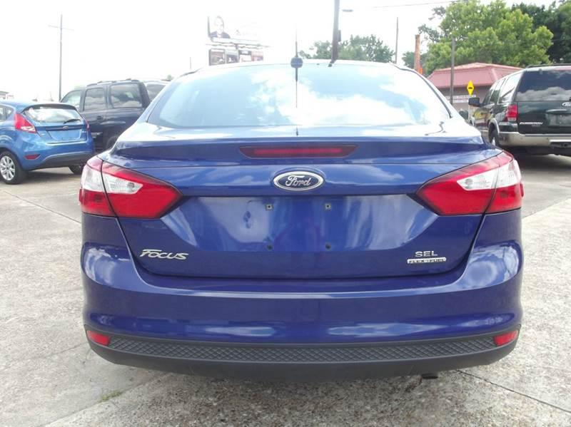 2012 Ford Focus SEL 4dr Sedan - Cleveland TX