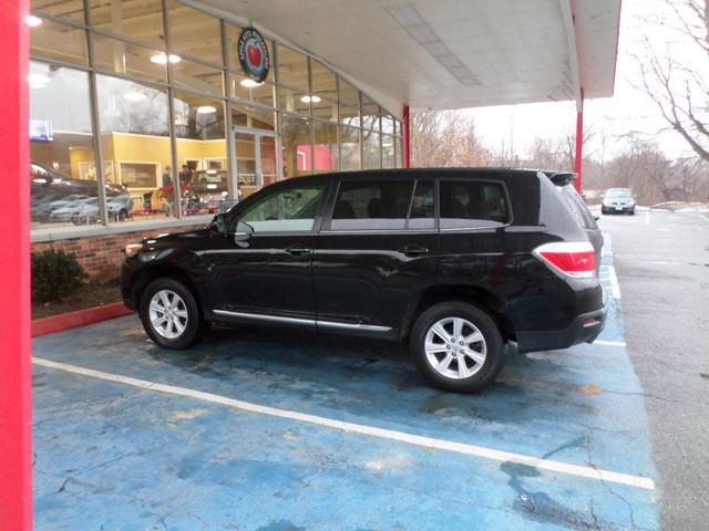 2013 Toyota Highlander  - Waterbury CT