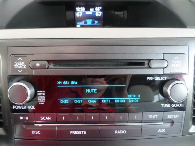 2014 Toyota Sienna LE AAS - Waterbury CT
