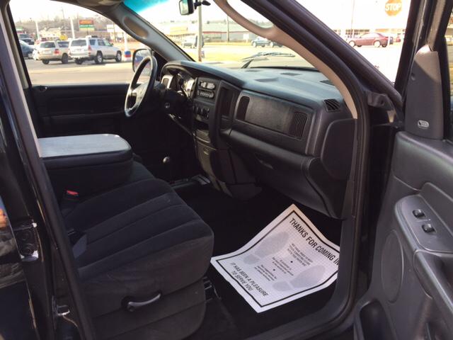 2002 Dodge Ram Pickup 1500 4dr Quad Cab SLT 4WD SB - Waukegan IL