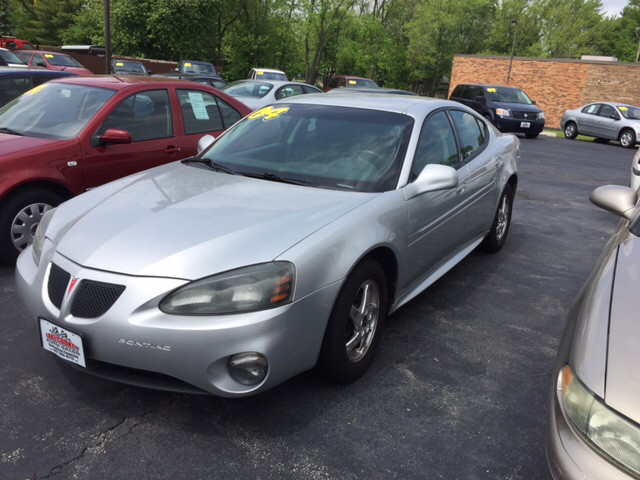 2004 Pontiac Grand Prix GT2 4dr Sedan - Waukegan IL