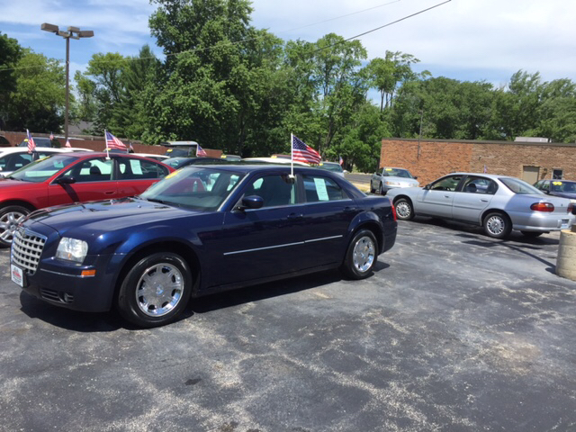2006 Chrysler 300 Touring 4dr Sedan - Waukegan IL