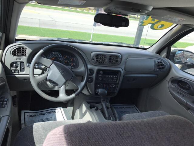 2004 Chevrolet TrailBlazer EXT LS 4WD 4dr SUV - Waukegan IL