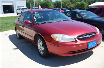 2000 Ford Taurus for sale in Clear Lake, IA