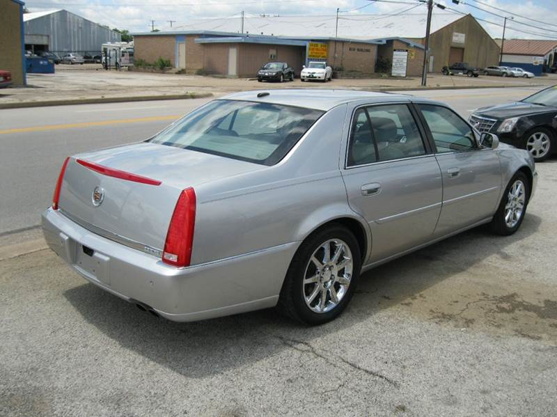Cadillac dts 2006 reliability test for Barclay motors arlington tx
