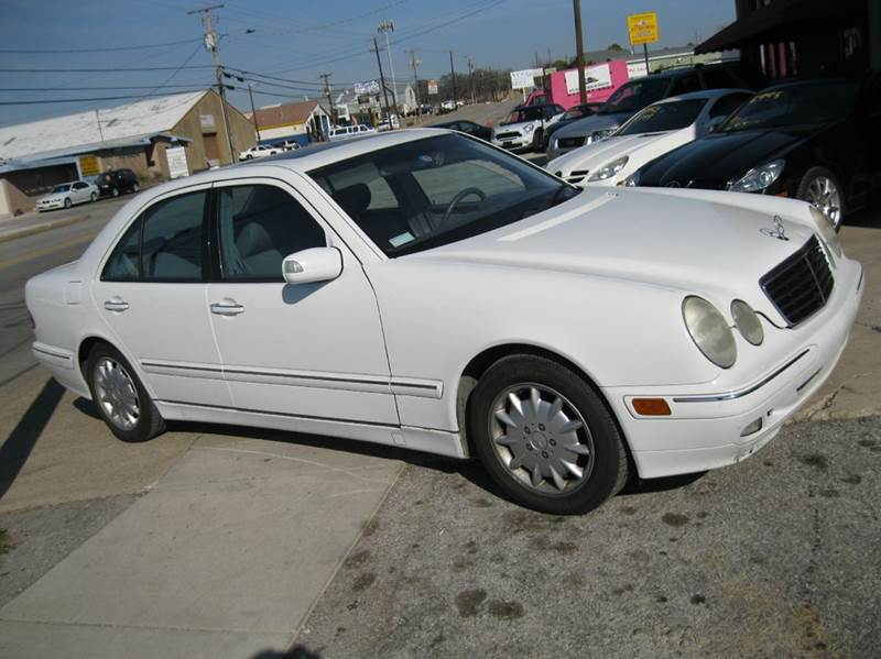 2000 mercedes benz e class for sale in texas for Barclay motors arlington tx