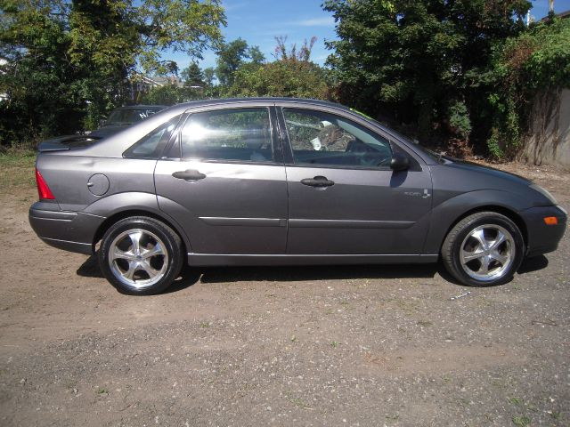 2002 ford focus zts mach audio edition